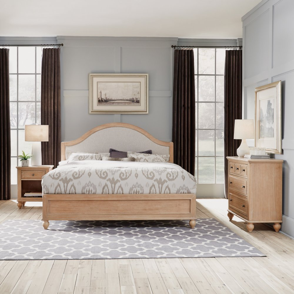 Cambridge King Bed, Night Stand, and Chest Set 5170-6021