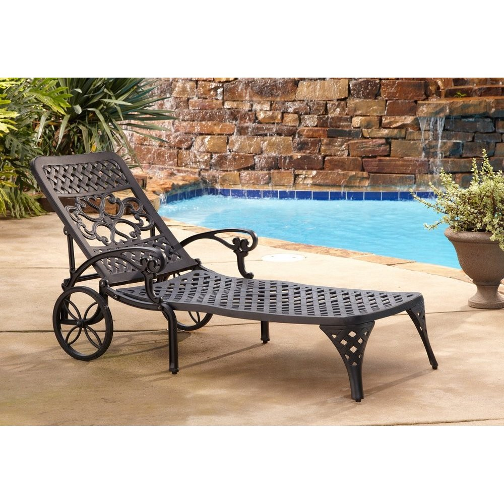 Chaise Lounge Styles: Biscayne Black Chaise Lounge Chair