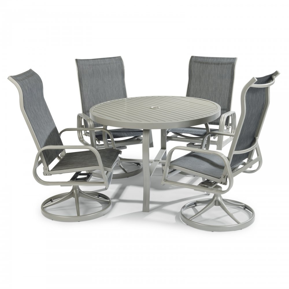 South Beach Outdoor Dining Set 5700-30556 (comes with umbrella and base)
